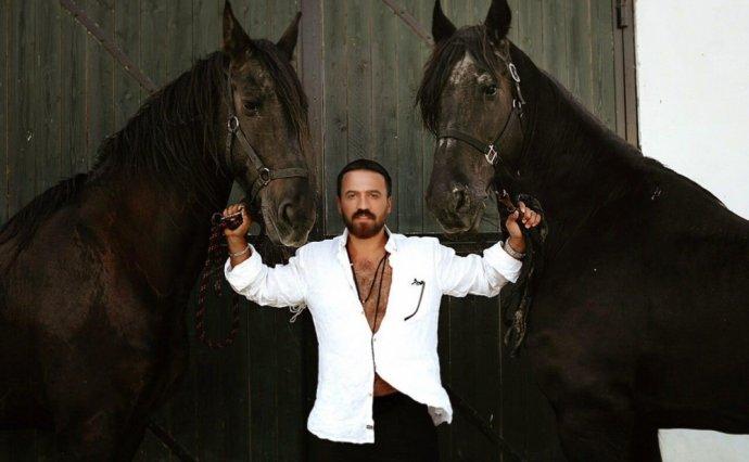 Zamiq atlarla