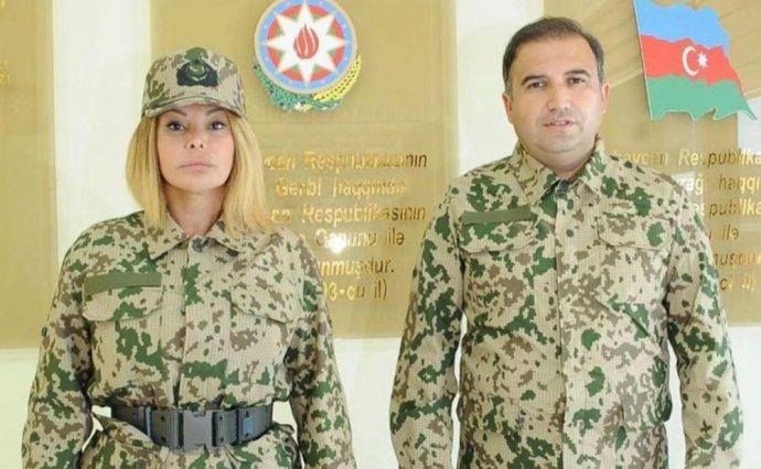 Augün Kazımova könüllü orduya yazıldı: